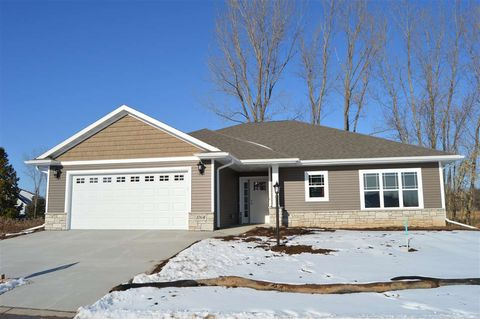 Photo of 1064 W Cecilia Ct, Appleton, WI 54913