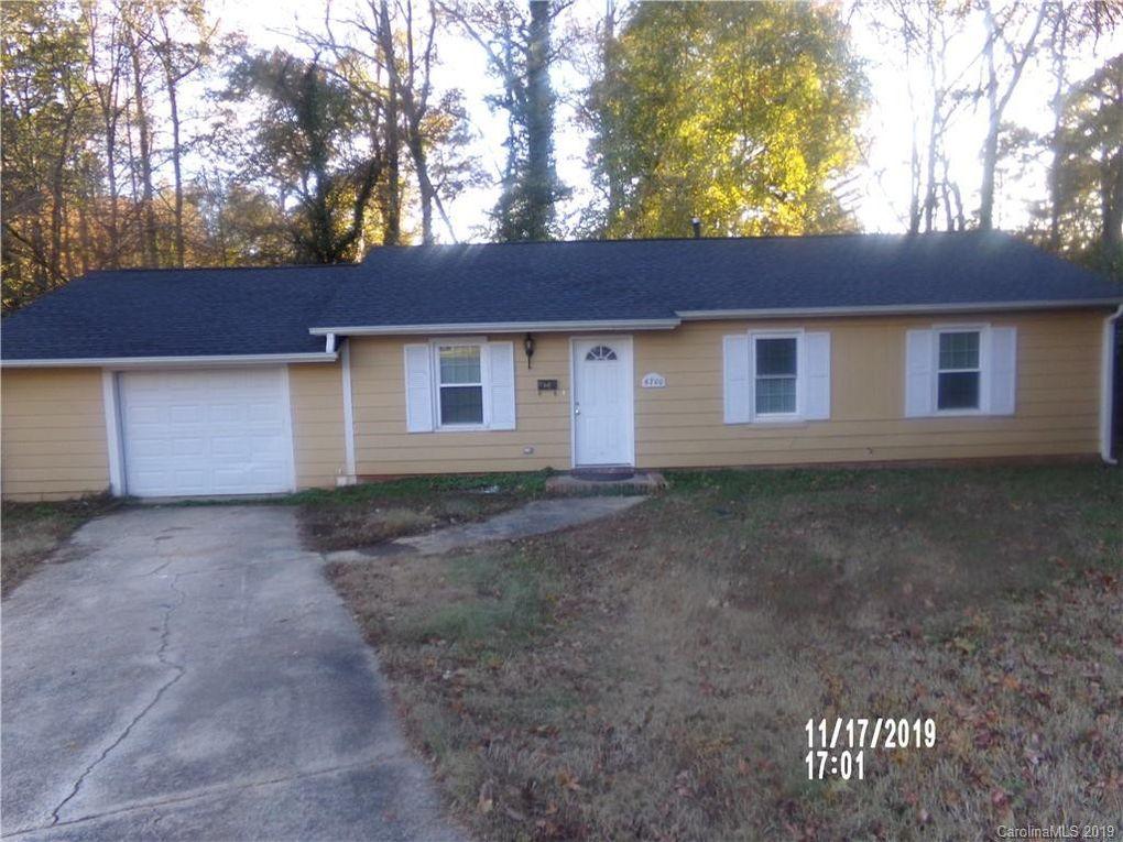 6700 Holston Ct Charlotte, NC 28215