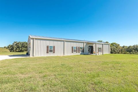 Photo of 1402 Kleihege Rd, New Ulm, TX 78950