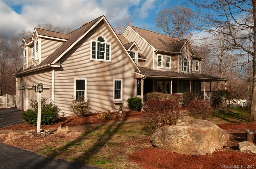 29 Forest View Ln Hebron, CT 06248