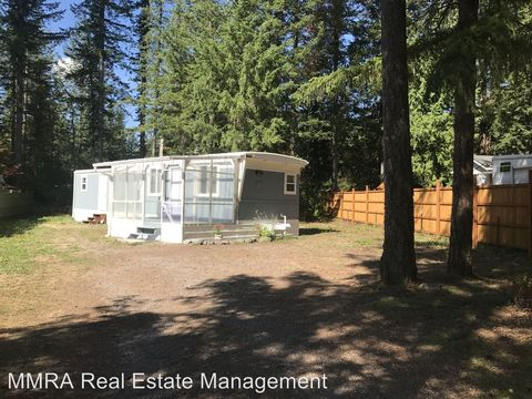 Photo of 8629 Golden Valley Dr, Maple Falls, WA 98266