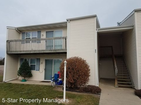 Photo of 213 Tanglewood Dr Apt D, Goshen, IN 46526