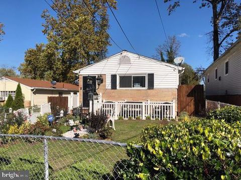 Photo of 4914 Emo St, Capitol Heights, MD 20743