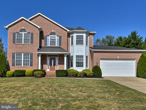 Photo of 22 Fannies Meadow Ct, Westminster, MD 21158
