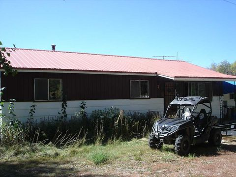 Photo of 13 Holy Trinity Rd, Arroyo Seco, NM 87514