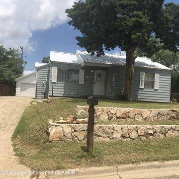 615 Gardner St, Borger, TX 79007