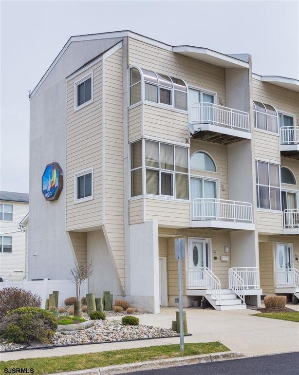 301 S 4th St Unit 301 Brigantine, NJ 08203