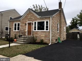 102 Central Ave Morrisville, PA 19067
