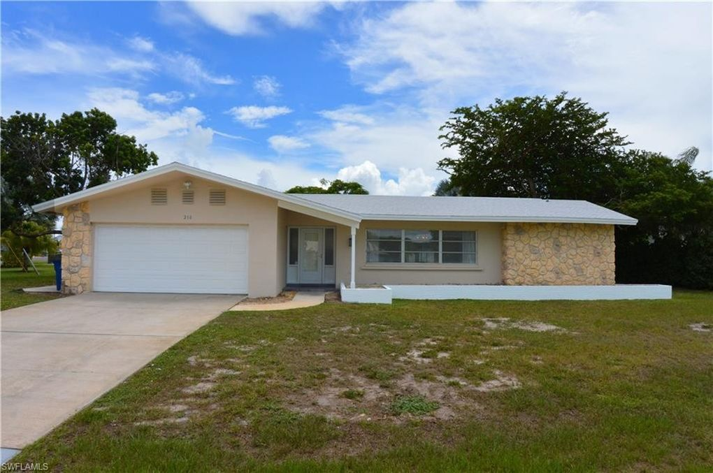 210 Redfish Rd Fort Myers Beach, FL 33931