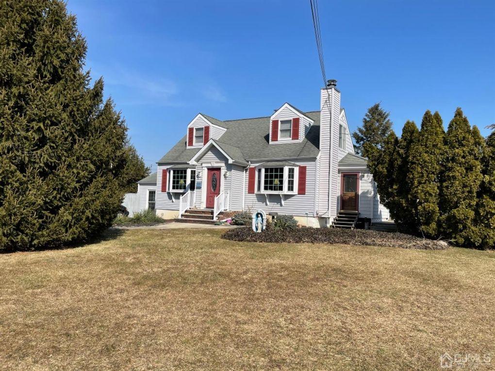 144 Tunison Rd New Brunswick, NJ 08901