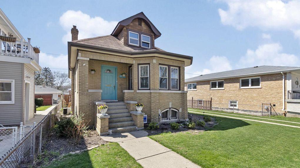 6939 W Balmoral Ave Chicago, IL 60656