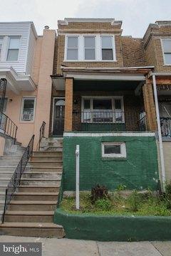 3323 N Marston St, Philadelphia, PA 19129