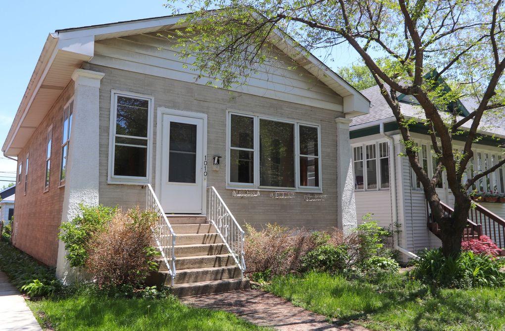 1010 S Ridgeland Ave Oak Park, IL 60304