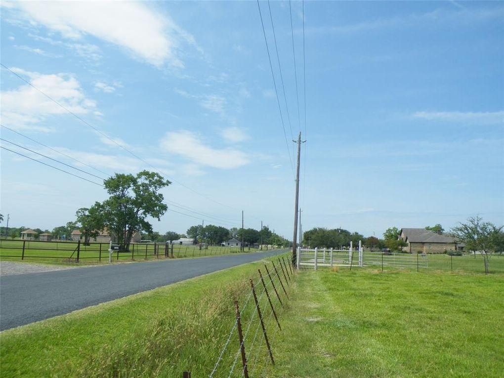 7514 Wetzel Rd Texas City, TX 77539