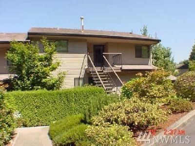 10636 Glen Acres Dr S Seattle, WA 98168