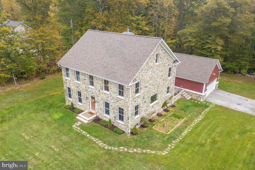 42752 Dudley Digges Ln Hollywood, MD 20636