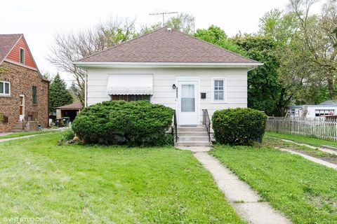 Photo of 17924 Park Ave, Homewood, IL 60430