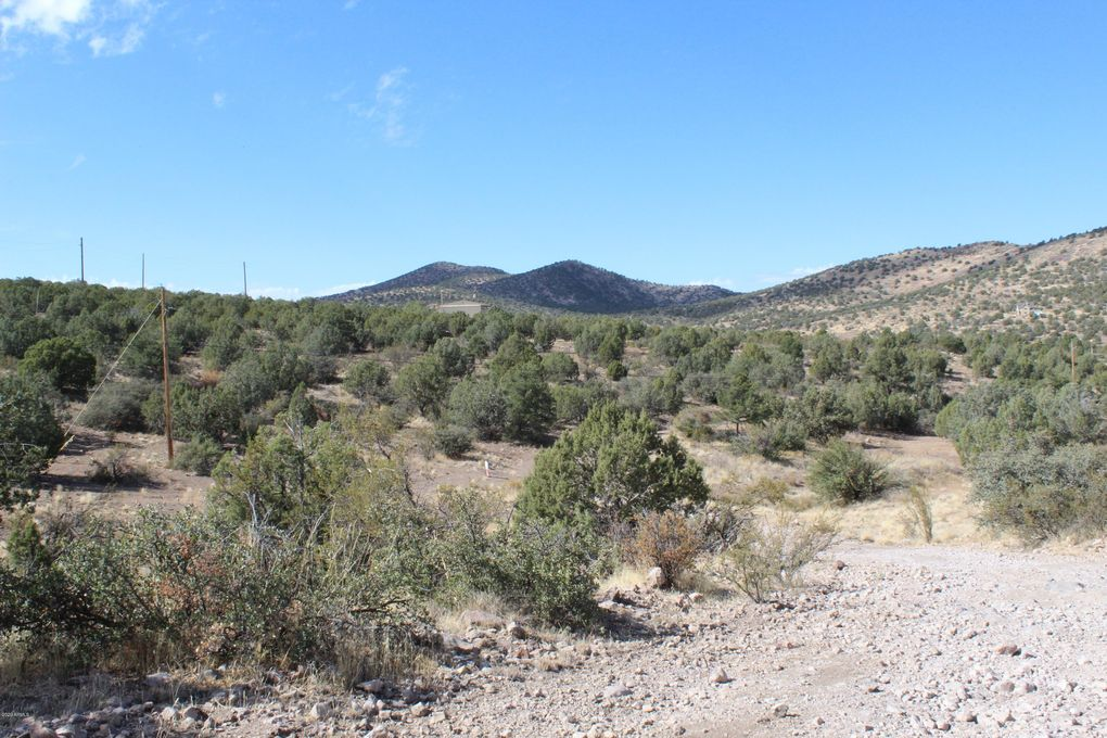 4249 W Cedar Heights Rd Chino Valley, AZ 86305