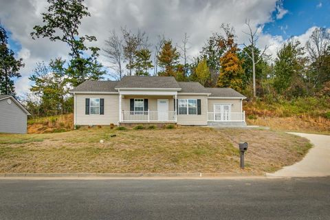Photo of 2322 Serenity Ct, Kingsport, TN 37665