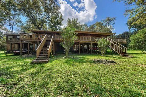 Photo of 176 Buster Stockstill Rd, Picayune, MS 39466