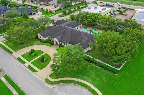 Pasadena River Oaks Pasadena,Texas <br><img src=