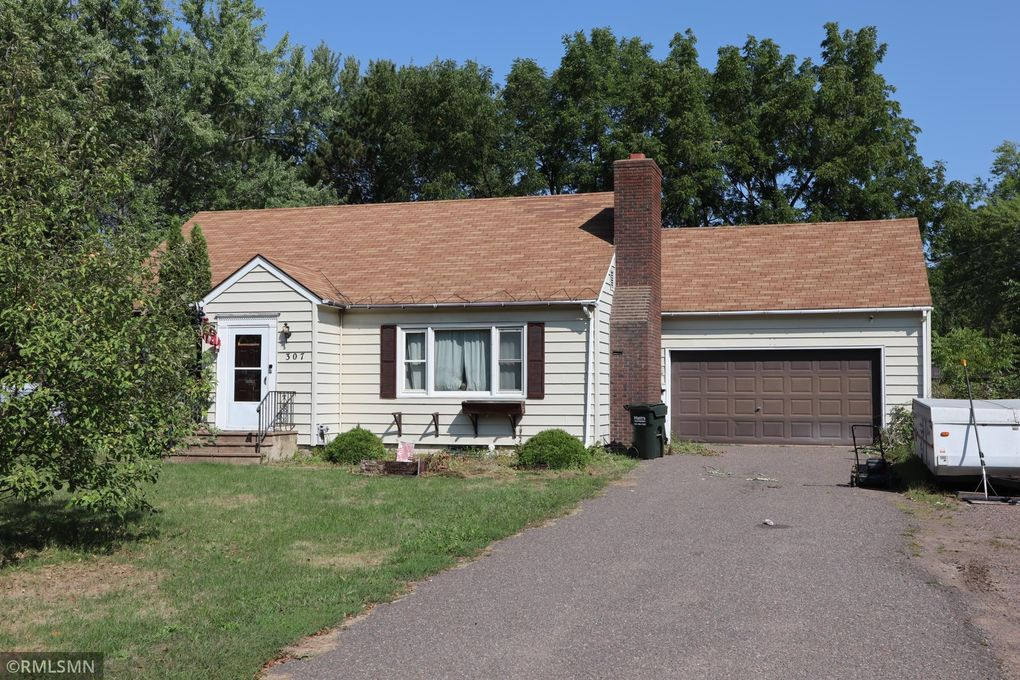 307 Fire Monument Rd Hinckley, MN 55037