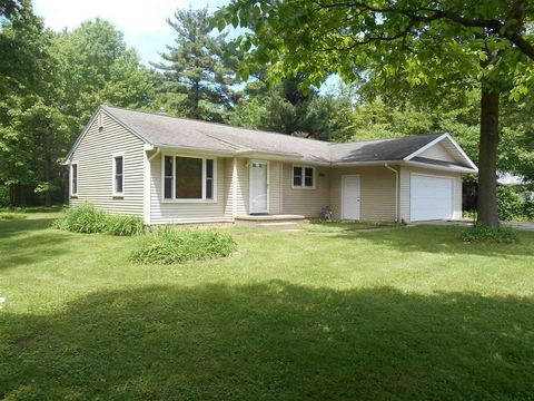 Photo of 18923 Cleveland Rd, South Bend, IN 46637