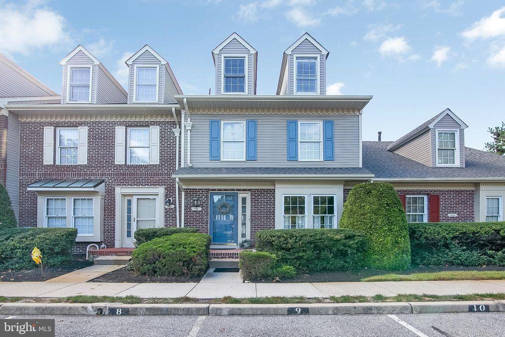 901 Saratoga Ct Marlton, NJ 08053
