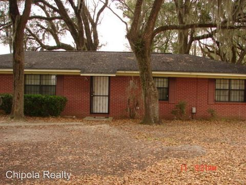 Photo of 5728 Snowhill Rd, Malone, FL 32445