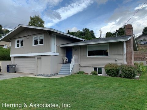 Photo of 2322 5th St, Wenatchee, WA 98801