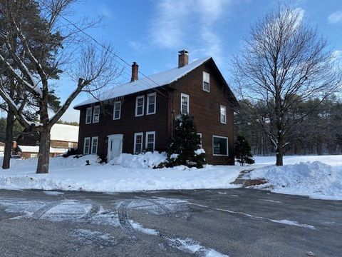Photo of 254 Clough Park Rd, Weare, NH 03281