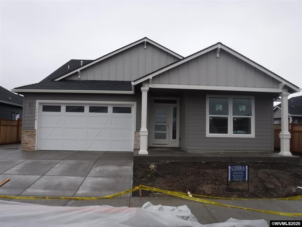 1320 S 10th St Independence, OR 97351