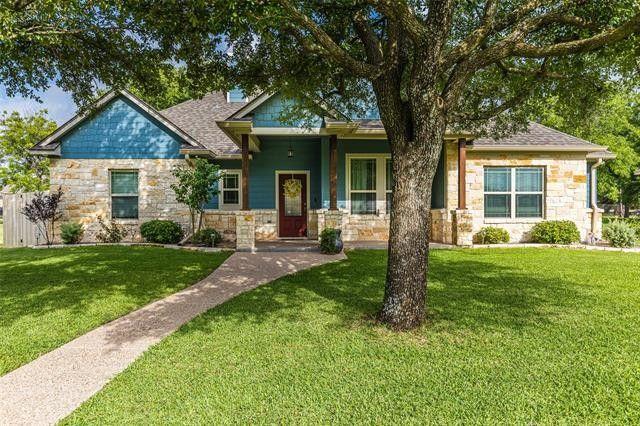 1407 N Davis St West, TX 76691