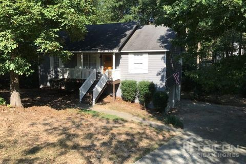 Photo of 208 Halehaven Dr, Douglasville, GA 30134
