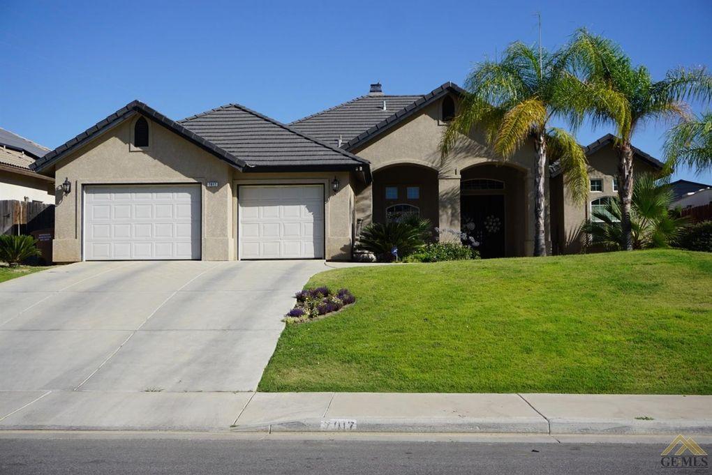 7017 Highland Knolls Dr Bakersfield, CA 93306