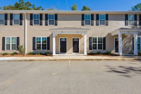 Photo of 2025 Tyson Green Ave Unit 204, Tallahassee, FL 32310