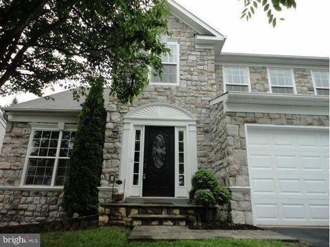 Photo of 832 Fox Den Rd, Culpeper, VA 22701
