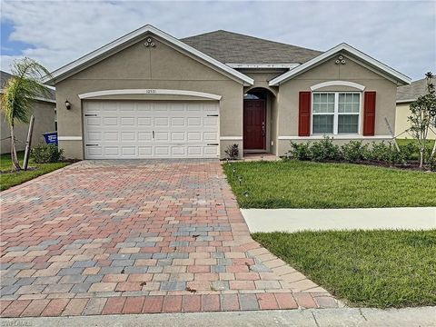 Photo of 10531 Canal Brook Ln, Lehigh Acres, FL 33936