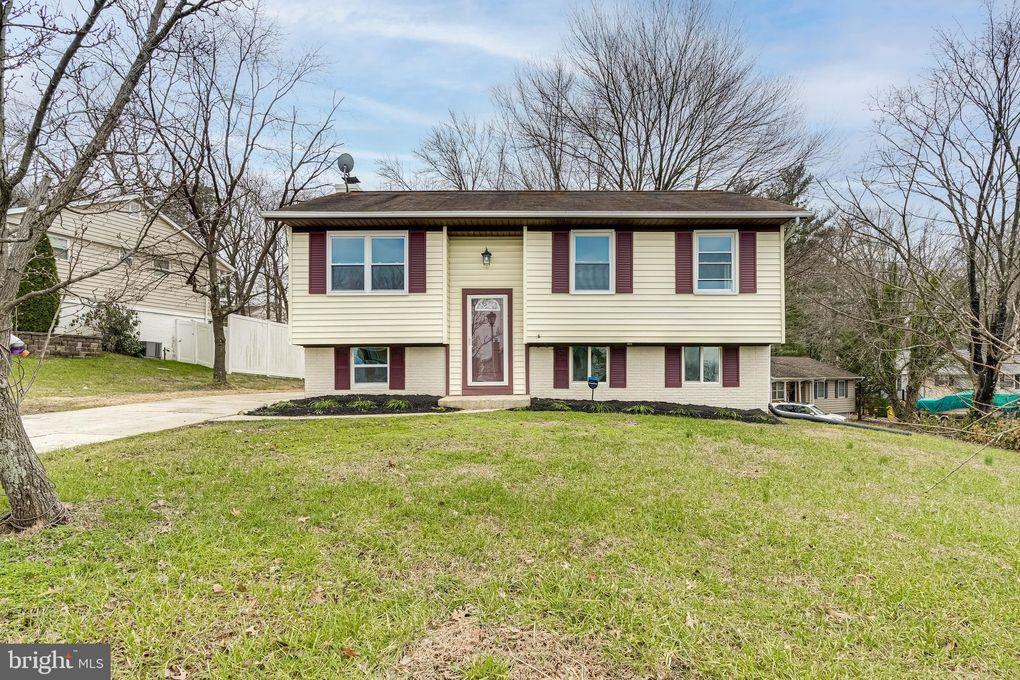 489 Victoria Ct Millersville, MD 21108