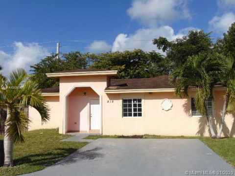 Photo of 818 Sw 7th Ter, Florida City, FL 33034