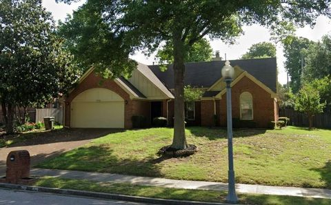 Photo of 1330 Fox Trace Dr, Memphis, TN 38016