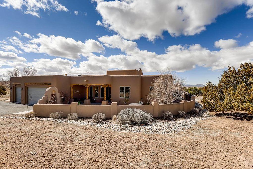 8 W Saddleback Mesa Santa Fe, NM 87508