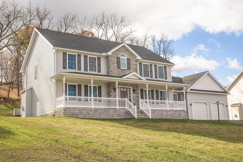 Photo of 245 Sunnyside Dr, Lewisburg, PA 17837