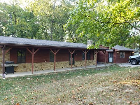 Photo of 137 E Lakeview Dr, Nineveh, IN 46164