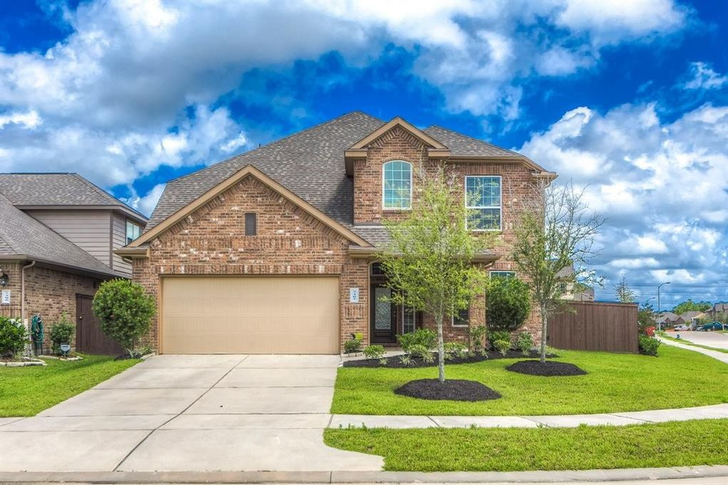 7302 Saddle Tree Dr Spring, TX 77379