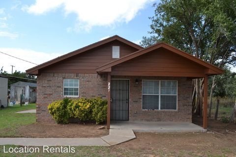 Photo of 227 N Westside Ave, Littlefield, TX 79339