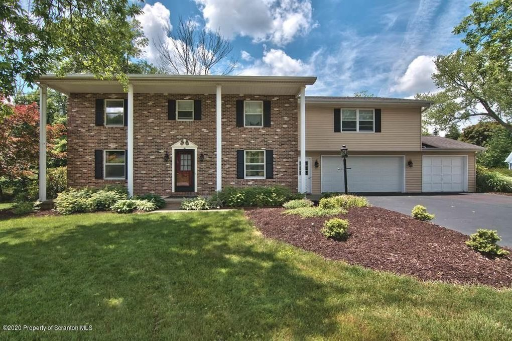 225 Cornell Ave Clarks Green, PA 18411