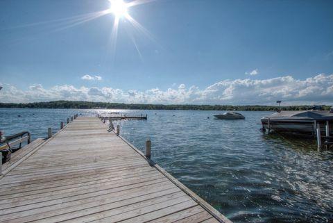 Photo of 624 Cedar Point Dr, Williams Bay, WI 53191