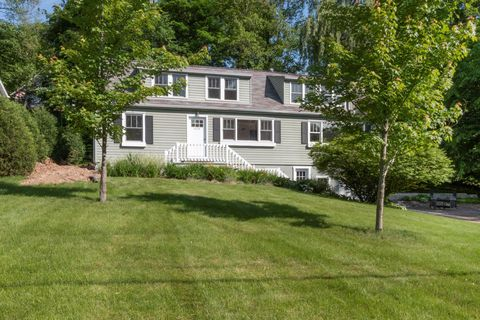 Photo of 624 Cedar Point Dr, Williams Bay, WI 53191