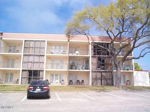 Biloxi Ms Condos Townhomes For Sale Realtor Com